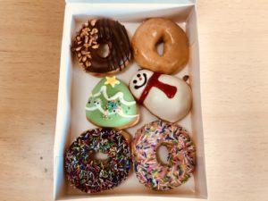 クリスピー・クリーム・ドーナツのクリスマス限定ドーナツが可愛い過ぎて買っちゃった♪